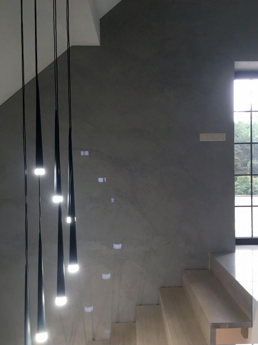 ściana z mikrocementu
