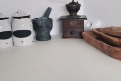 blat kuchenny i ściana wykończona mikrocementem, bezfugowo